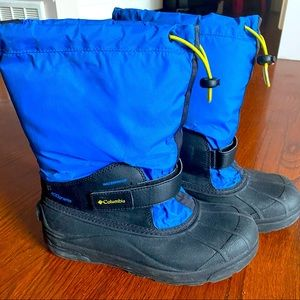 Boys Columbia winter boots